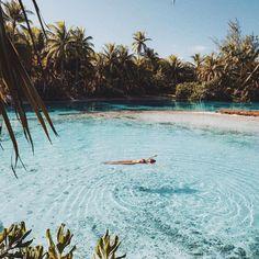 """Earth na Instagramu: """"Tahiti 🌿 cc: @gypsea_lust"""""""