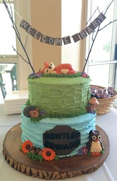 Woodland animal themed baby shower cake created by R Cakes, Vero Beach See more of our work on Facebook.com/rcakesverobeach