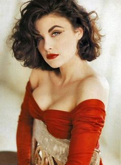 Sherilyn Fenn - other than her more obviously beautiful assets, she has amazing eyebrows.