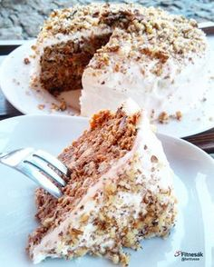 Mrkvový dort Healthy Cake, Healthy Recipes, Skinny Cake, Home Recipes, Carrot Cake, Sweet Recipes, Sweet Tooth, Deserts, Dessert Recipes
