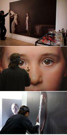 The official Website of Gottfried Helnwein. Sketch Painting, Figure Painting, Portrait Art, Portraits, Portrait Paintings, Gottfried Helnwein, Hyper Realistic Paintings, Art Studios, Artist At Work
