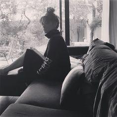 岩堀せりのインスタグラム(Instagram)写真 - 「😪」3月8日 13時30分