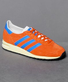 Neu bei Numelo: der Adidas Marathon 85 in Orange - http://www.numelo.com/adidas-marathon-85-p-24504201.html #adidas #marathon85 #laufschuhe #sneaker #numelo