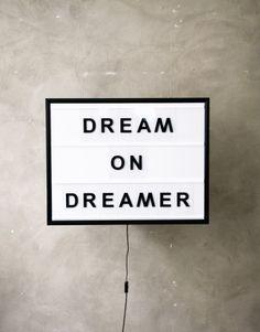 BxxLght Dream On Dreamer   Artilleriet   Inredning Göteborg - backlight text box