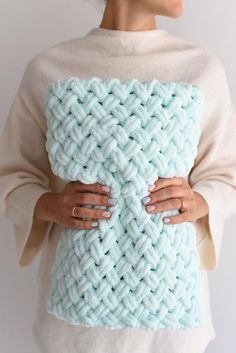 Baby Blanket Soft Newborn Blanket Hand K - Diy Crafts Crochet Blanket Patterns, Baby Blanket Crochet, Crochet Baby, Finger Crochet, Knitting Yarn, Baby Knitting, Newborn Room, Baby Room, Knitted Baby Blankets