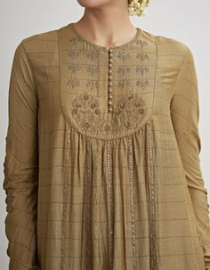 Pakistani dress design - Buy Pale Olive Embroidered Kurta Set by Dhruv Singh Available at Ogaan Online Shop Dress Neck Designs, Stylish Dress Designs, Designs For Dresses, Stylish Dresses, Blouse Designs, Fashion Dresses, Pakistani Dresses Casual, Pakistani Dress Design, Indian Designer Outfits