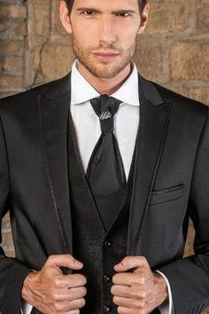 m107-luxusny-pansky-oblek-svadobny-salon-valery