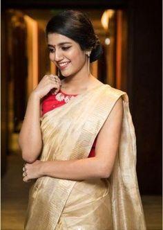 Sarees – An Indian fashion attire Off White Saree, Grey Saree, Yellow Saree, Black Saree, Pink Saree, Plain Saree With Heavy Blouse, Golden Saree, Kerala Saree, Indian Sarees
