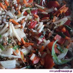 Gemüsepfanne ein bisschen asiatisch  vegane Gemüsepfanne mit Hackfleisch und Erdnüssen im Asia-Style vegetarisch vegan laktosefrei glutenfrei
