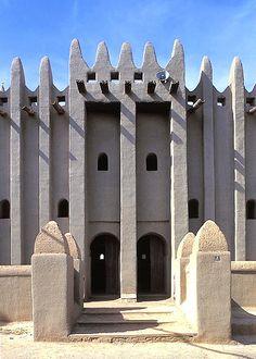 Komoguel Mosque, Mopti Mali                                                                                                                                                                                 Mais