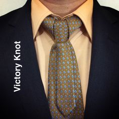 Victory Knot created by Noel Junio. See the Royal Knot sequel of this knot.