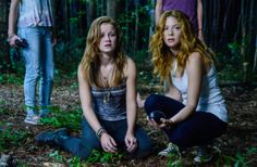 Norrie (Mackenzie Lintz, left), Julia (Rachelle Lefevre, right) see Alice who tells them what must be done. #UndertheDome