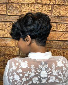 Pretty cut via – blackhairinformat… - Black Haircut Styles Black Haircut Styles, Short Black Hairstyles, Short Sassy Hair, Short Hair Cuts, Pixie Cuts, Curly Hair Styles, Natural Hair Styles, My Hairstyle, Relaxed Hair