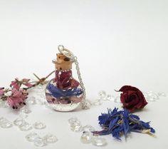 Irish flowersnecklacedried flower pendantvial by DelabudCreations