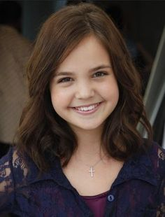 images of medium lenght haircuts for little girls | Picture of Soft curls Hairstyles, Girls Medium Haircut: Bailee Madison ...