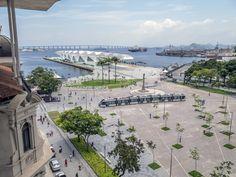 https://flic.kr/p/Cb4Tfn | A nova Praça Mauá com o Museu do Amanhã e o VLT Carioca! | Centro da cidade, Rio de Janeiro, Brasil. _____________________________________________  Mauá Square with Museum of Tomorow and the new Tram  Downtown, RIo de Janeiro, Brazil. Have a fantastic day! _____________________________________________  Buy my photos at / Compre minhas fotos na Getty Images  To direct contact me / Para me contactar diretamente: lmsmartinsx@yahoo.com.br
