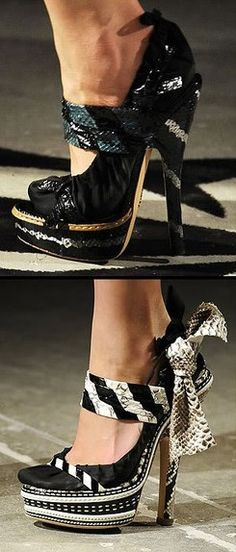 Prada styles ♥✤ | Keep the Glamour | BeStayBeautiful