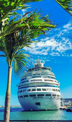 Majesty of the Seas | Ditch the every day for Majesty. Royal Caribbean's Sovereign Class ships pack world-class entertainment like Casino Royale and Broadway-style shows in a magnificent cruise experience. (Photo: Vivian W.)