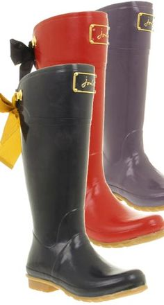 Joules Evedon...ultra feminine rain boots.