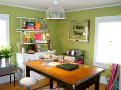 """I love the """"I Make Things"""" sign but what I really like is the table!!"""