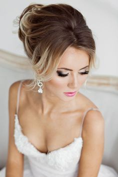 Wedding hair and makeup looks idea 12