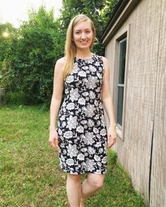 McCall's 6886 knit dress by @soisewedthis