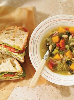 Ricardo's Best Soups and Stews Grilled Chicken Sandwiches, Chicken Sandwich Recipes, Soup Recipes, Diet Recipes, Healthy Recipes, Healthy Food, Recipies, Ricardo Recipe, Mind Diet