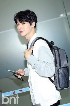 Welcome to the source for all things related to Esteem Models and HB Entertainment's actor. Ahn Jae Hyun, Korean Star, Korean Men, Asian Actors, Korean Actors, Kdrama, Cinderella And Four Knights, Jung Il Woo, Choi Siwon