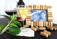 Wine Cork Picture Frame | 15 Free Recycled Craft Ideas: Beautify Your Space Without Spending a Dime