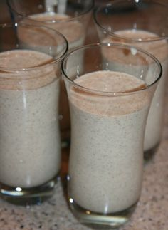 Oatmeal PB2 Banana smoothie