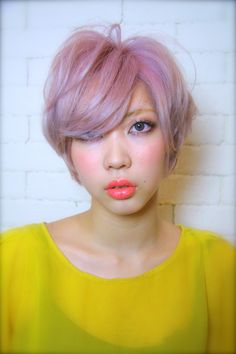 light coral lipstick + pastel hair