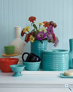 Bauer Earthenware Pottery would look good with my fiesta ware.