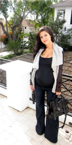 The HONEYBEE: Look of the Day Weeks Pregnant) Elizabeth jacket, Hudson jeans, and Proenza Schouler bag Stylish Maternity, Maternity Wear, Maternity Fashion, Maternity Styles, Maternity Clothing, Pregnancy Looks, Pregnancy Outfits, Pregnancy Fashion, Pregnancy Style