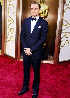 LEONARDO DIFUCKINGCAPRIO! #Oscars #RedCarpet pic.twitter.com/QWPWTIEj2N