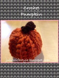 Julie's Lifestyle: Mini Crochet Pumpkins
