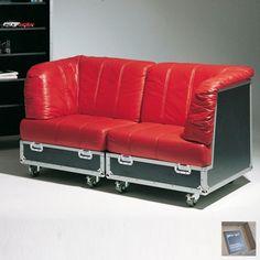 sitcase - außergewöhnlich wohnlich... das Sofa im Flightcase