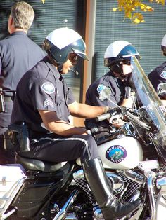 Police Officer speed trap apps   avoiding tickets?