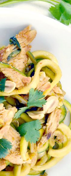 """Spiraled zucchini """"noodle"""" Chicken Pad Thai. This is super quick and easy to fix and it's even healthy and low carb! You won't believe how much delicious this dish is!!!"""