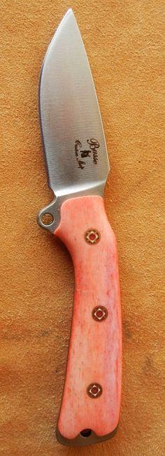 "BUSSE Custom Shop Sar 3 | Blade Steel: INFI - Blade Length: 3,28"" - Overall Length: 7,48"" - Blade Thickness: 0.20"" - Handle: Camelbone with Pins Satiniert. | Rheinleder.de"