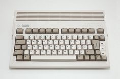 Commodore Amiga 600 HD Home Computer, Gaming Computer, Garbage In Garbage Out, 8 Bits, Candies, Luigi, Consoles, Keyboard, Evolution