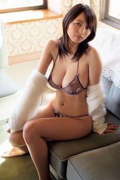 Sakanoue asami nude