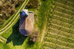 Szent Donát-kápolna, Csobánc, 2018 Fotó: Somogyi Márk - http://www.somogyimark.hu - http://www.drone-foto.hu #kalimedence #drone #csobanc #balaton #spring