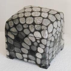 Raku Keramik Dose Schwarz Weiß