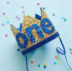 Corona de cumpleaños brillante Corona de cumpleaños 1er Minions Birthday Theme, Baby Birthday Themes, Prince Birthday Party, Boy First Birthday, Birthday Balloons, 1st Birthday Parties, Birthday Decorations, Minion Party, Birthday Ideas