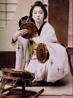 mochi thinking: the photos of Kisaeng women Japanese Festival, Old Pictures, Fairy, Painting, Fictional Characters, Beautiful, Vintage, Chinese, Twitter