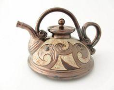 Pottery Teapots, Teapots And Cups, Ceramic Teapots, Porcelain Ceramics, Ceramic Pottery, Ceramic Art, China Porcelain, Cerámica Ideas, Teapots Unique