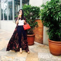 Heart Evangelista-Escudero❤️love for whites and sometimes a splash of my LM colors ❤️certified Hermes lover Fashion Wear, Work Fashion, Fashion Outfits, Classy Fashion, Office Fashion, Fasion, Fashion Trends, Heart Evangelista Style, Filipiniana Dress
