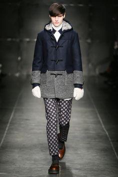 Andrea Pompilio Fall 2014 Menswear Fashion Show Fashion Week, Boy Fashion, Fashion Show, Mens Fashion, Fashion Design, Fashion Trends, Milan Fashion, Style Fashion, Vogue Paris