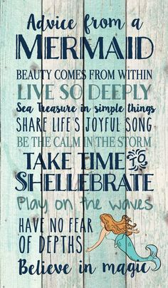 Advice from a Mermaid Pallet Wall Decor Hand-assembled with a weathered, nautical look, this Pallet Wall Sign will bring joyful reminder of the ocean, beach or any summertime vacation - measures 24 x 14 - rustic, weathered designs - canva Easy Home Decor, Handmade Home Decor, Cheap Home Decor, Handmade Signs, Beach House Style, Beach Cottage Style, Coastal Cottage, 1001 Palettes, Mermaid Bedroom