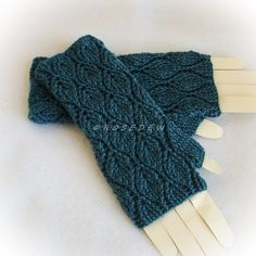 Crocheted Leafy Fingerless Mitts in Teal, Large